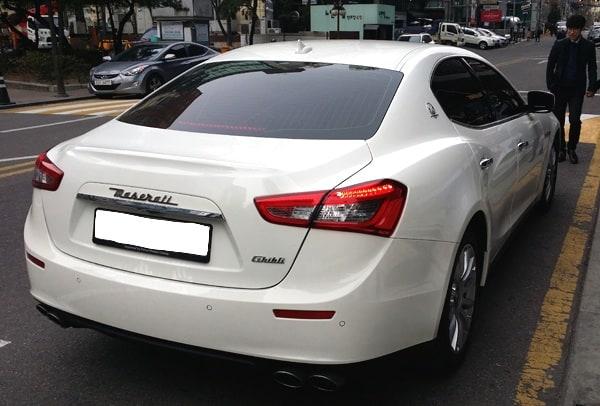 Uber Seoul Maserati Ghilbi