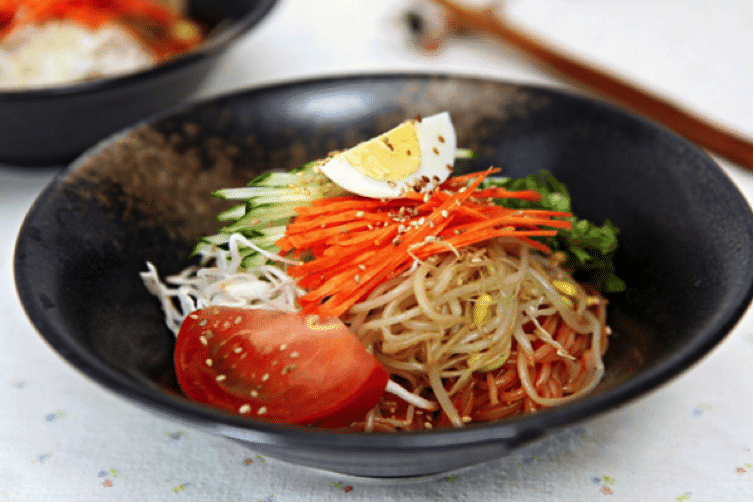 Korean Summer Food 5 Jjolmyeon