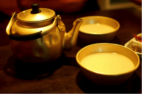 Korean alcohol 4 Makgeolli