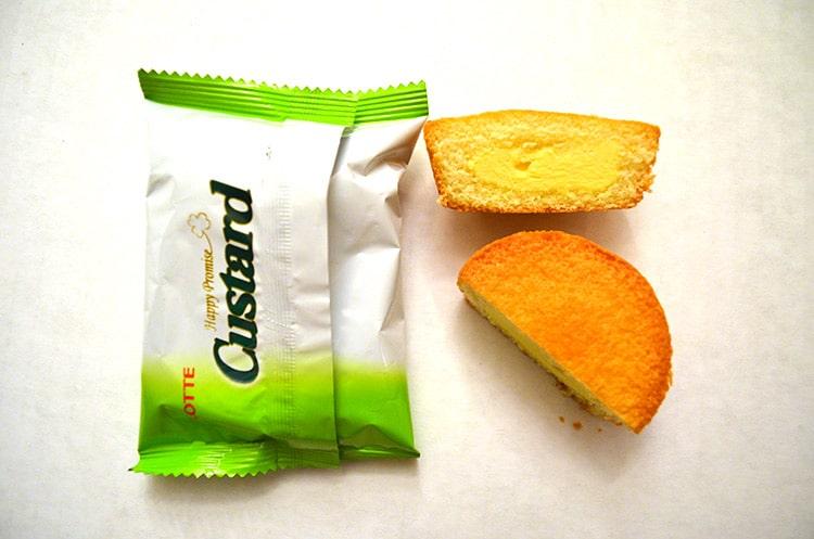 Lotte custard cakes