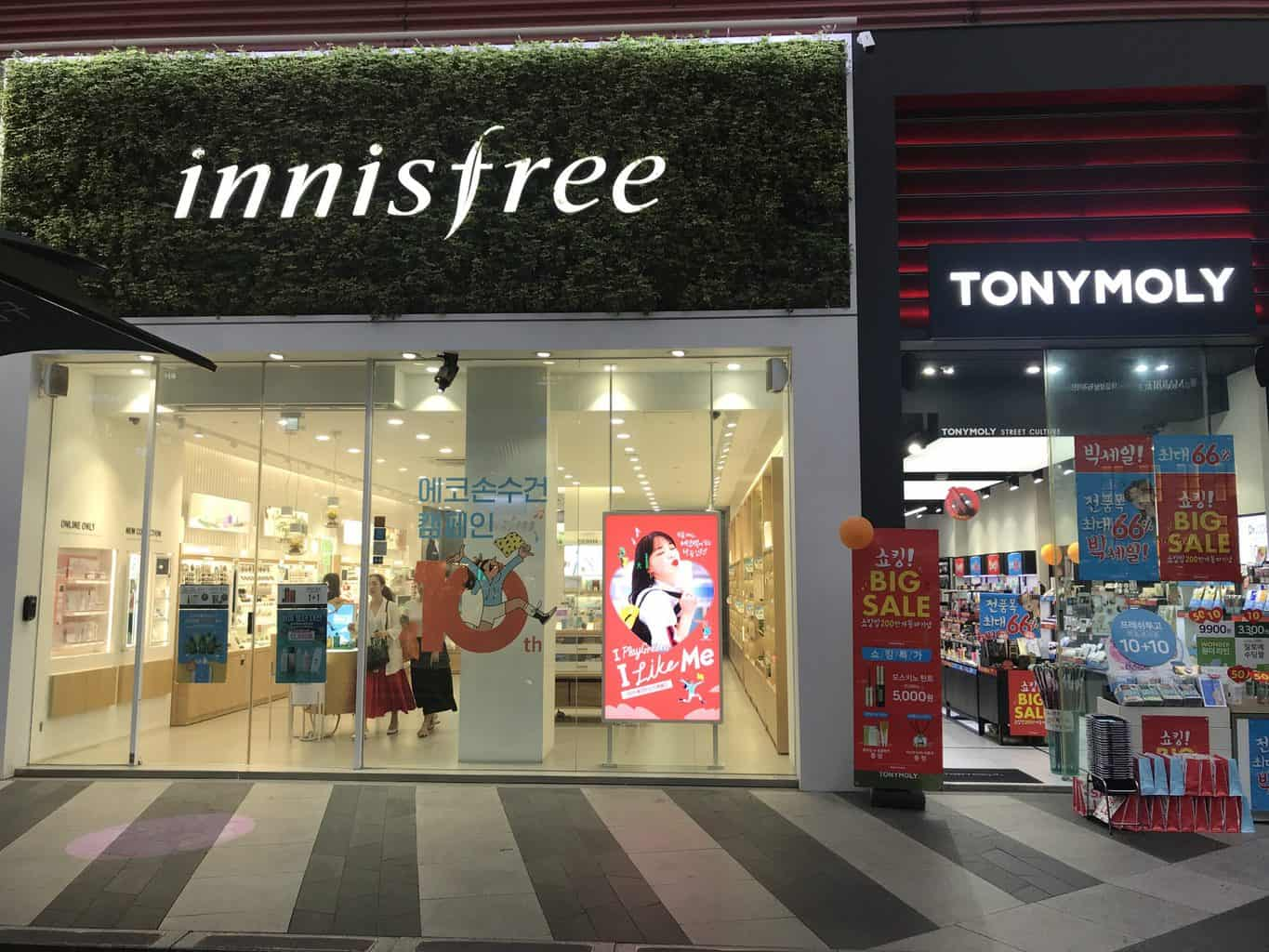 Innisfree and Tony Moly cosmetic shops in Seoul
