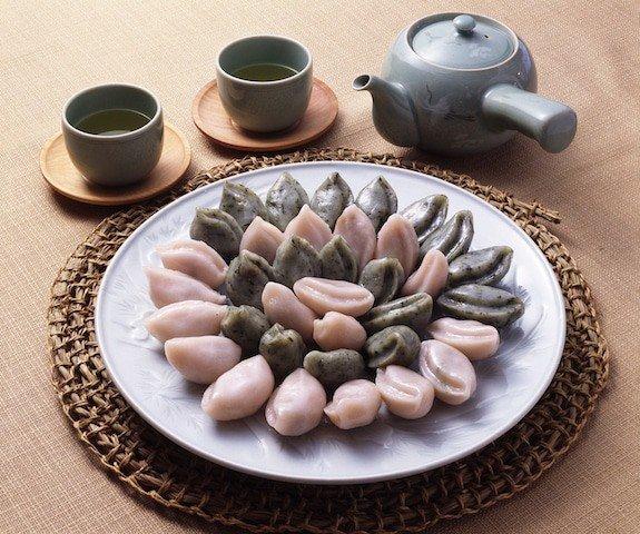 Songpyeon Korean Chuseok food