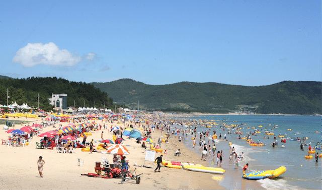 Korean Beach 5 Myeongsashimni, Shinji